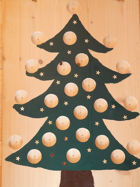 Free christmas tree advent calendar advent holes cut out