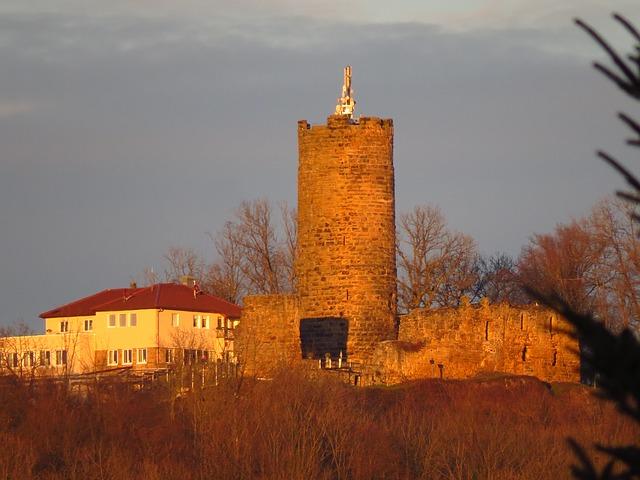 Free staufeneck castle keep burg staufeneck burgruine