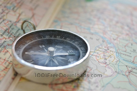 Free Compass on map