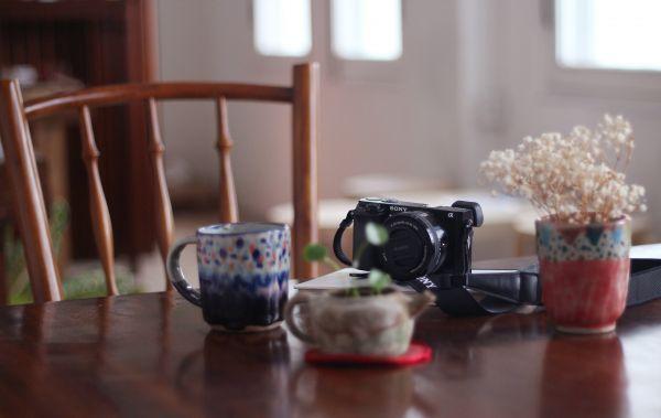 Free Ceramics, Cafe, Camera