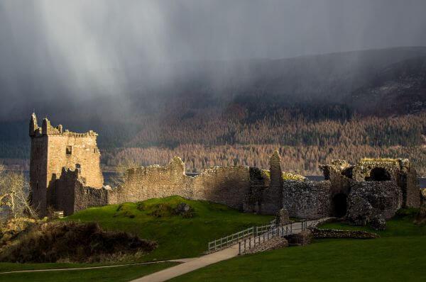 Free Urquhart Castle