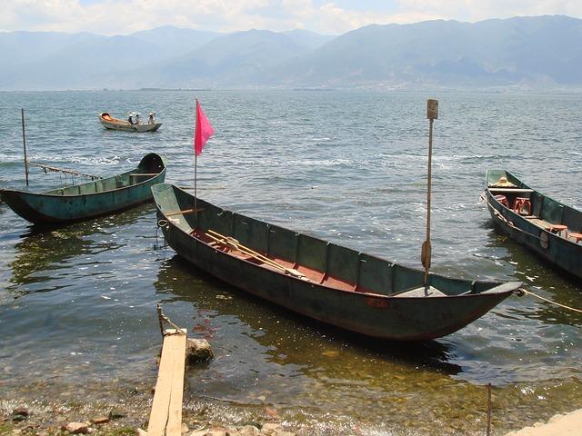Free lake erhi lake skiff boat fishing tranquil water