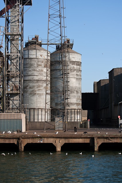 Free dockside silos industry port felixstowe