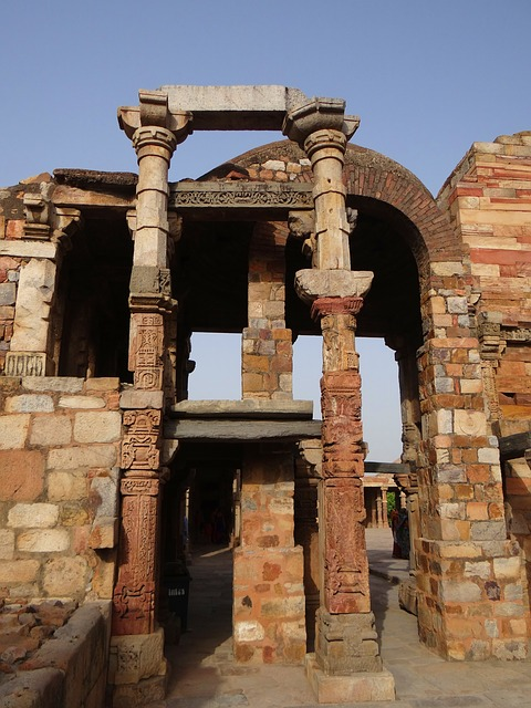 Free qutab complex pillars carved stonework