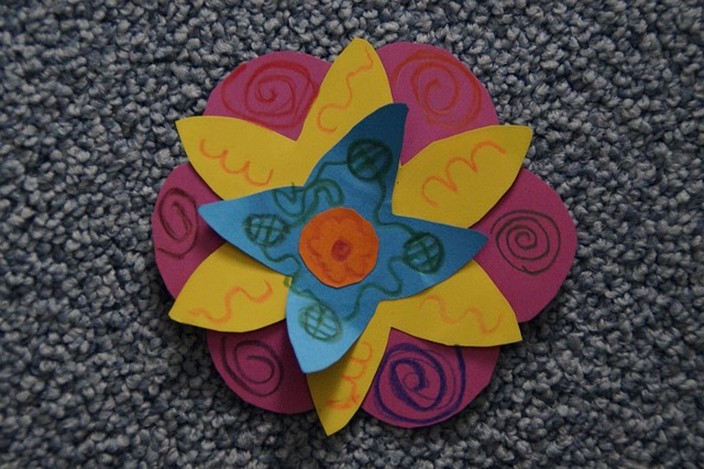 Free do it yourself handicraft flower tinkered child