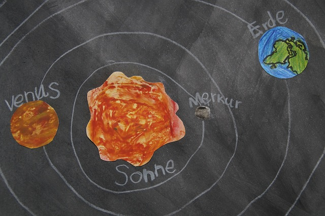 Free planet chalk drawing celestial body school material