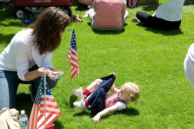 Free girl toddler flag lawn