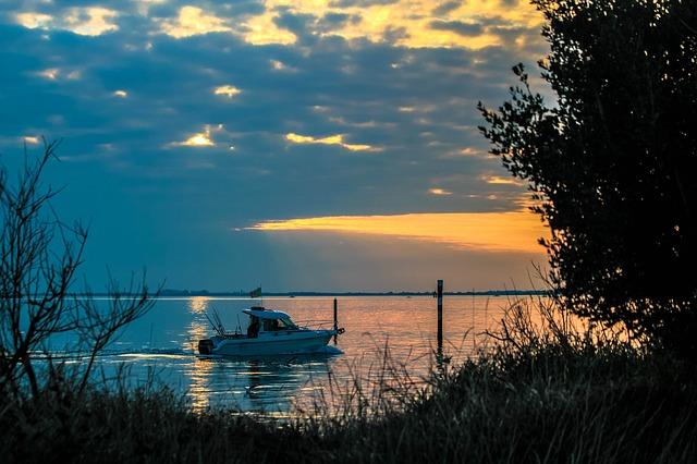 Free cloud great boat fishermen