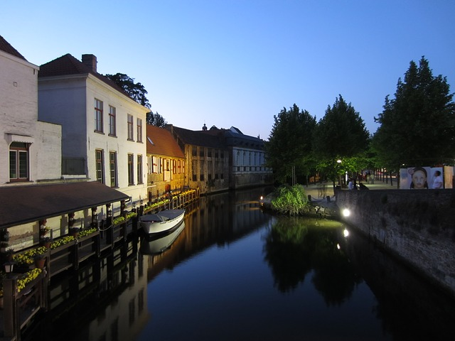 Free bruges rest channel boot water night