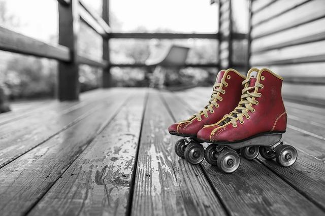 Free               roller skates rollerblades roll skates roller-skates