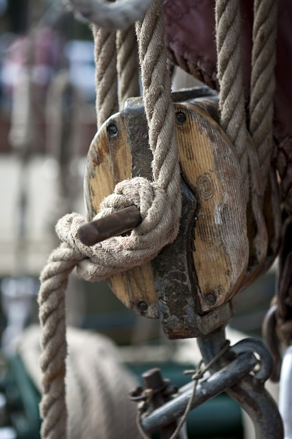 Free rope knot sailing sailor's knot block and tackle