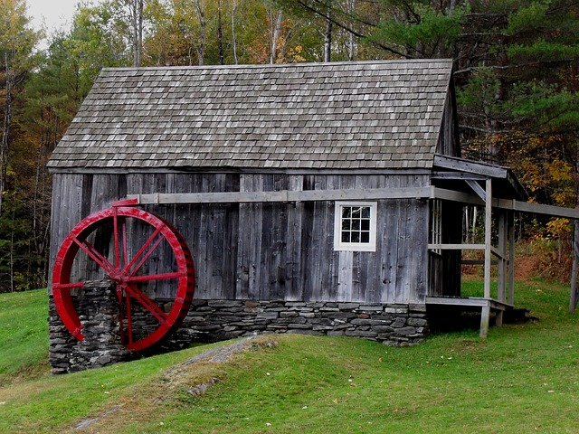 Free mill wheel red rustic weathered new england green