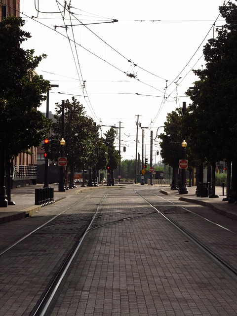 Free rapid transit light rail dart dallas area metrolink