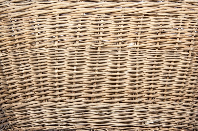 Free basket braided tank woods pliable material