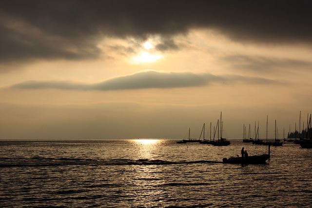 Free boats fischer see italy sunset mood romance rest