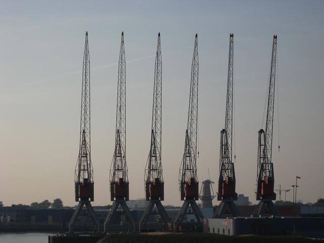 Free crane port rotterdam water mesh