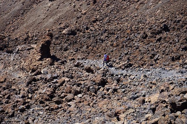 Free lava field trail lava basalt wanderin hike