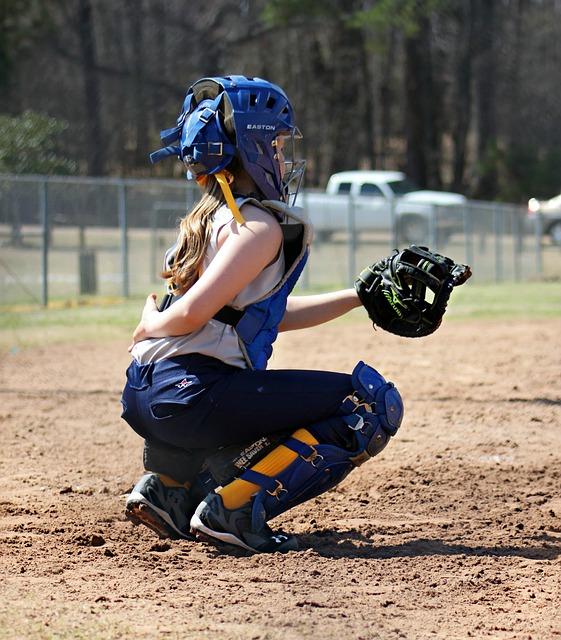 Free catcher softball sports glove player field
