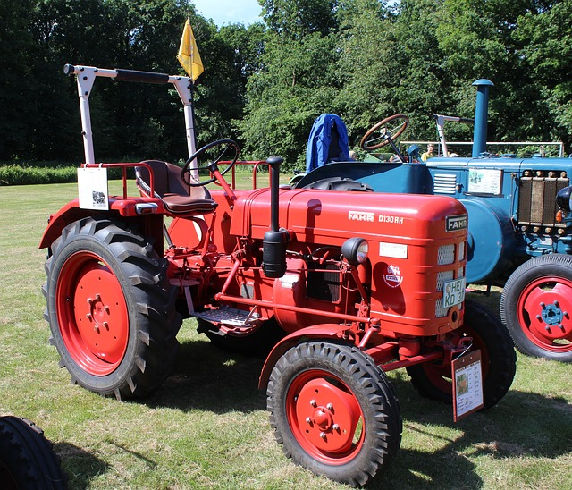 Free tractor tractors commercial vehicle agriculture
