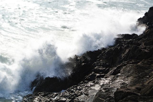 Free sea waves side ocean atlantic rock cliff