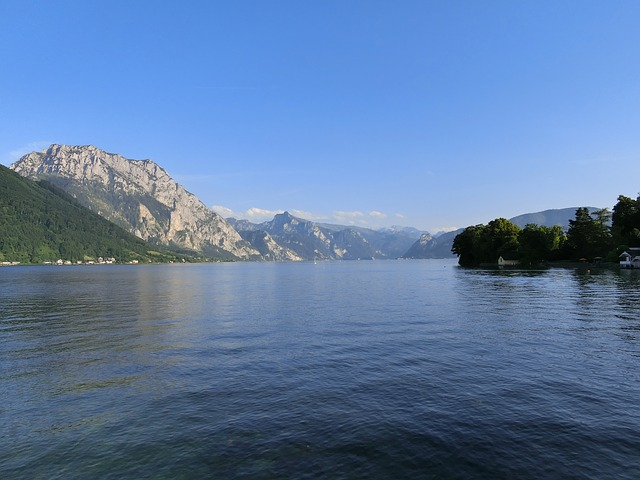Free traunsee see water landscape mountains rest