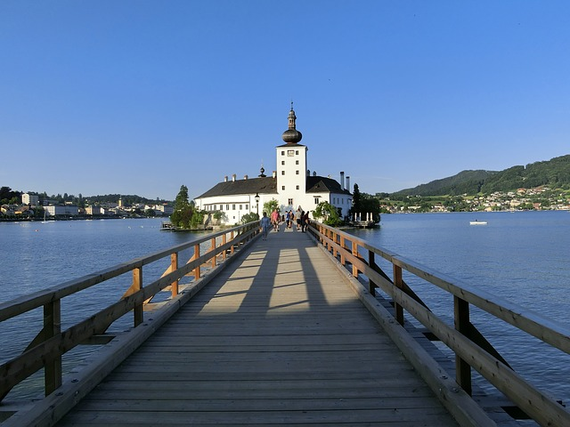 Free sea castle place gmunden traunsee water post