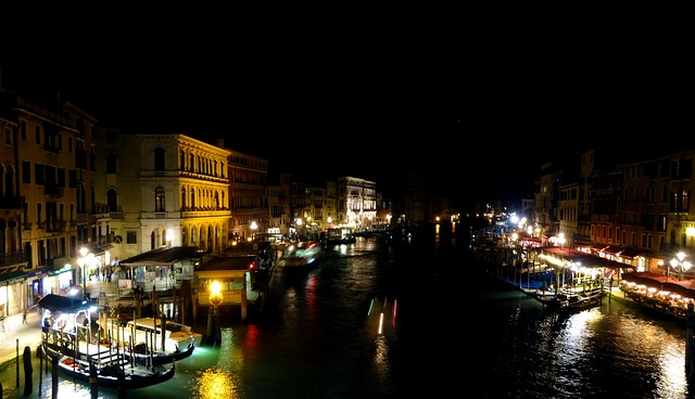 Free venice night long exposure channel lights water