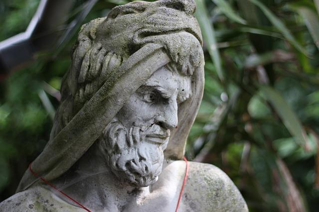 Free sculpture statue face