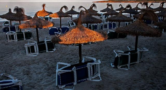 Free beach sun loungers holiday sand beach tourism