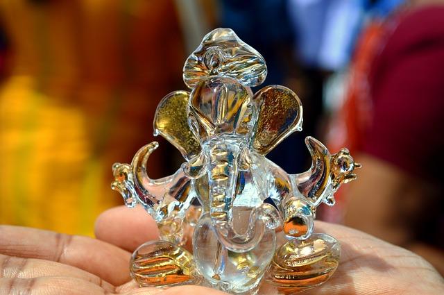 Free ganesh hinduism figurine glass elephant tamil nadu