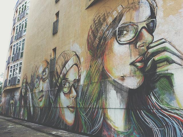 Free artist graffiti paint wall