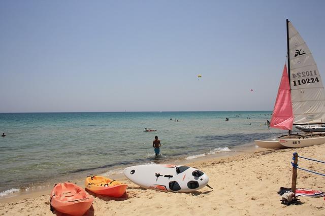 Free sea beach sand boats
