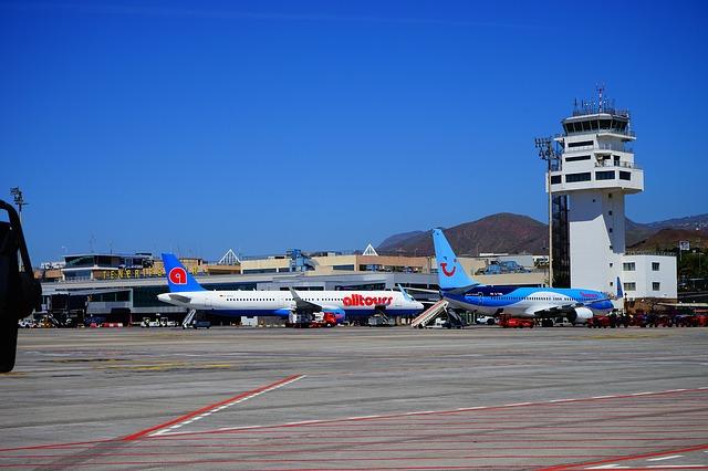 Free airport tenerife runway aircraft tower reina sofía