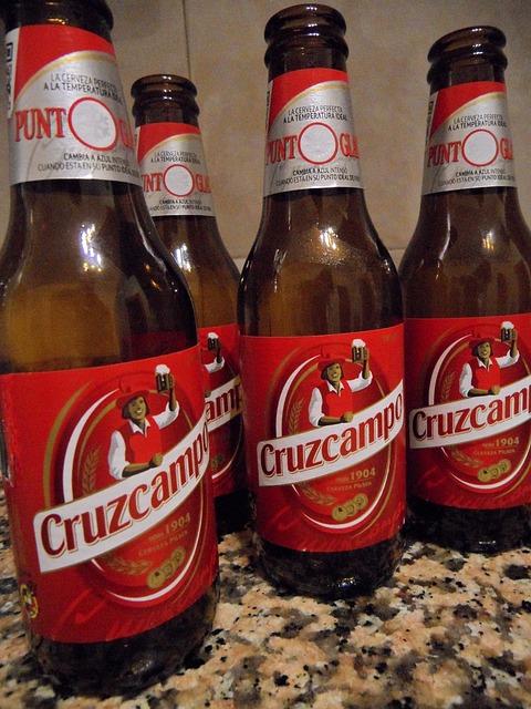 Free beer beer bottles gentlemen's evening drink bottles