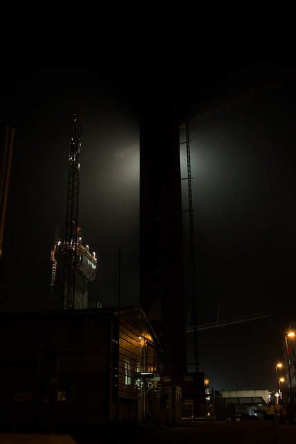 Free night construction construction site light tower