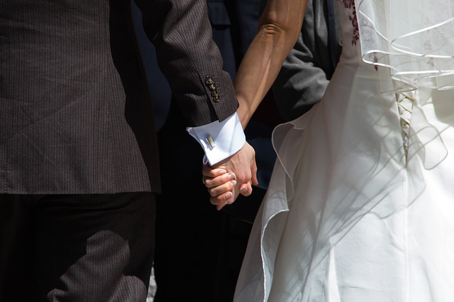Free hands getting married wedding man and woman in love