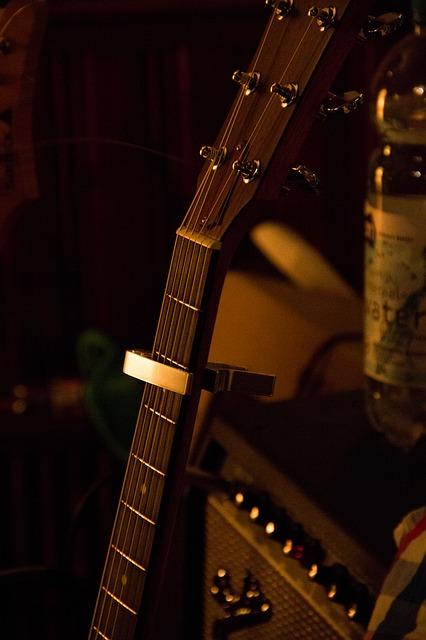 Free music guitar amplifier