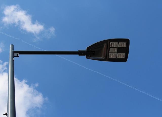 Free street lamp mast candelabra link light modern day