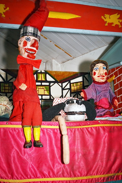 Free vintage punch judy puppets attraction childhood