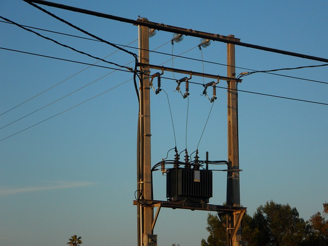 Free current energy transformer power line electricity