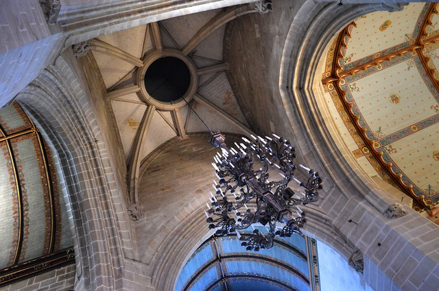 Free church chandelier cathedral architecture light