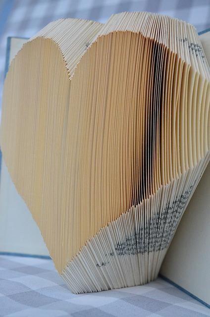Free book origami buchorigami paper sewing patterns art