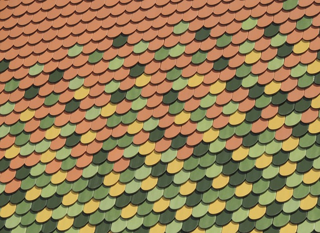 Free roof shingle pattern green yellow red contrast