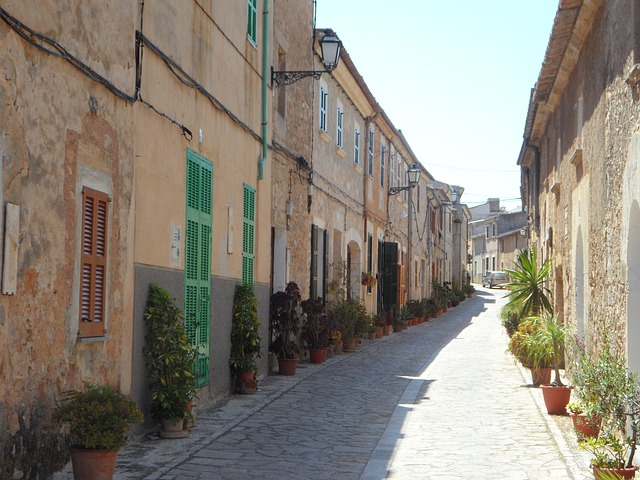 Free road eng cityscape village street homes old town