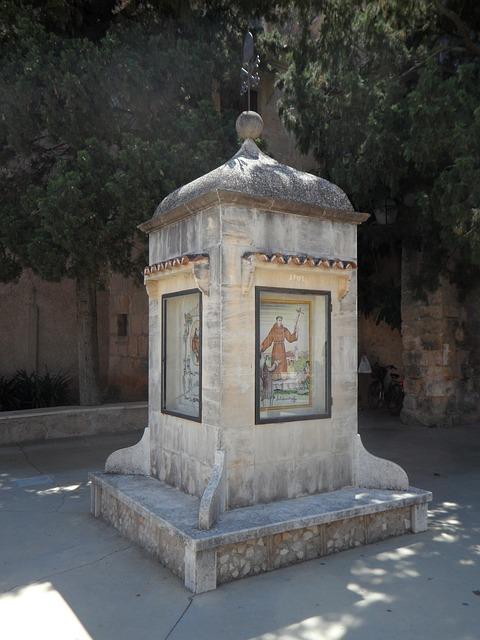 Free stele memorial stone petra mallorca priest