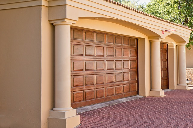 Free real-estate garage doors home architecture