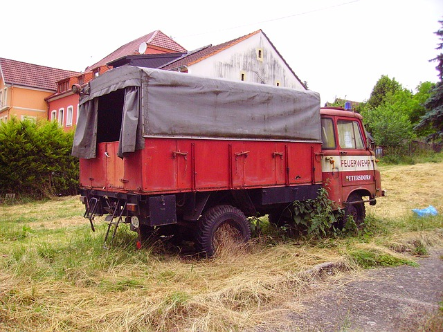 Free fire fire truck old vehicle scrap red grunge