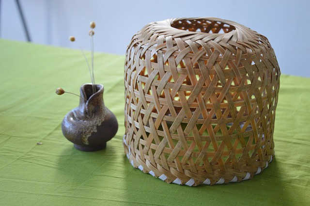 Free bamboo weaving box container vase