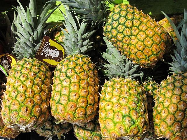 Free pineapples farmers market produce farmer market