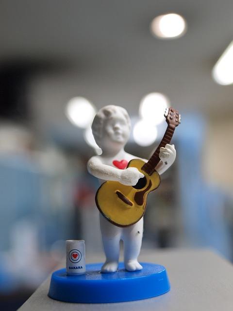 Free toy miniature musician guitar love